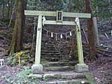 韓亀神社 入り口 鳥居