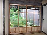 温泉津温泉・恵珖寺宿坊米子屋の中庭に出る窓