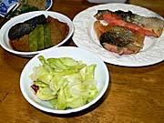焼き鮭と煮物など