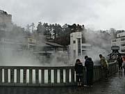 草津温泉の湯畑 湯煙いっぱい