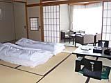 お部屋。14畳くらいの大きい部屋を予約