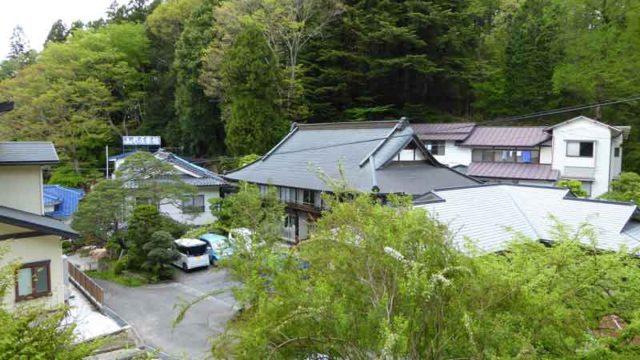 湯岐温泉 山形屋旅館の遠景